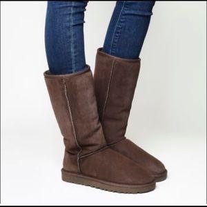 Ugg Classic Tall Boot Women's SZ 7 Chocolate